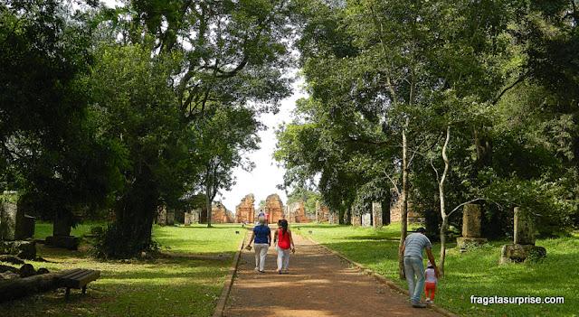 Acesso às ruínas da Missão Jesuítica de San Ignacio Miní