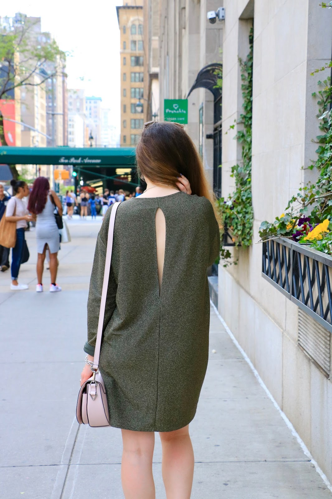 Fashion blogger Kathleen Harper wearing & Other Stories open-back dress