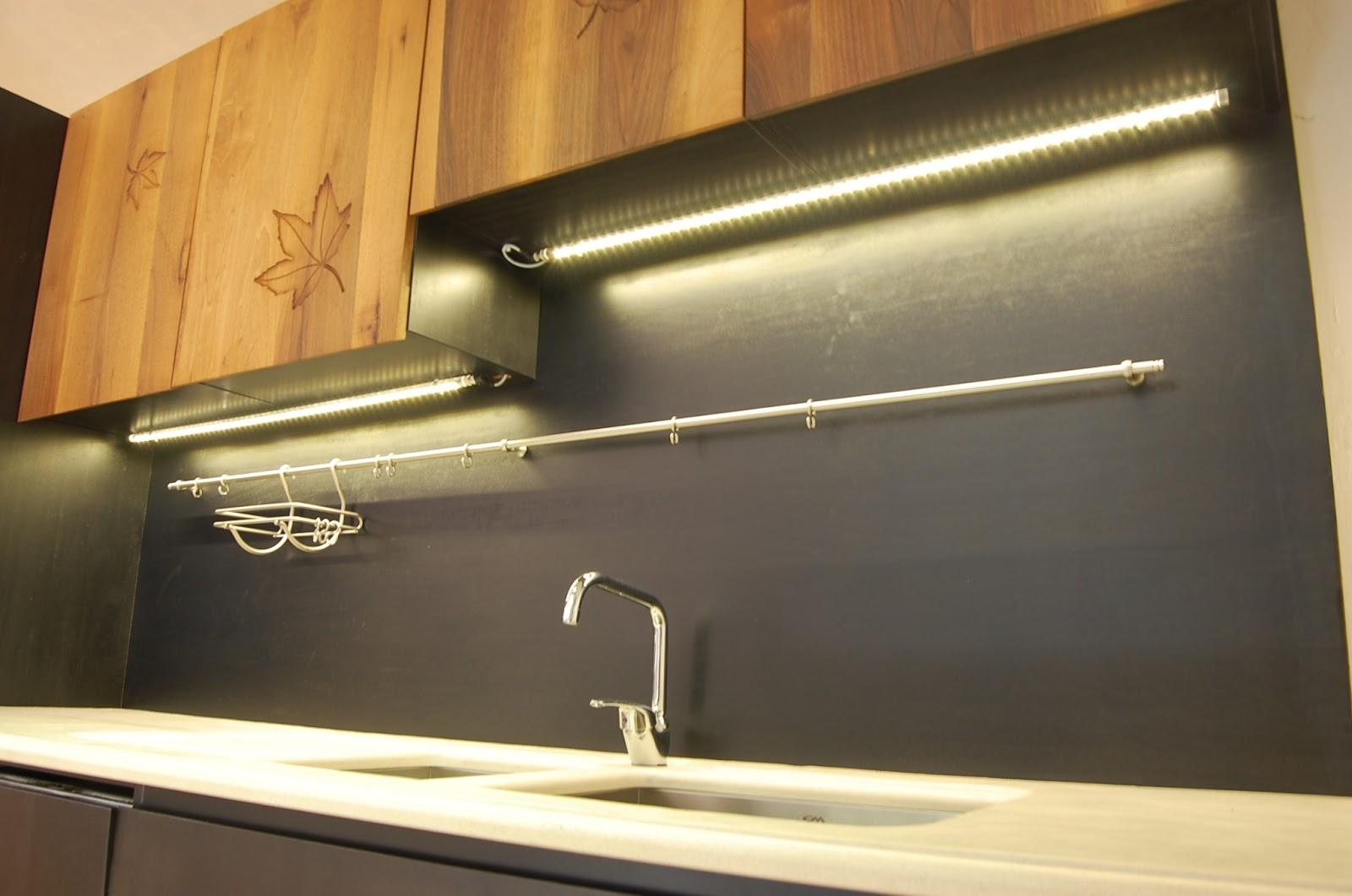 Barre Led Cucina - Idee per la progettazione di decorazioni ...