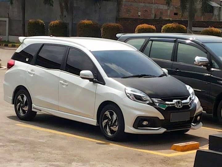 Kumpulan foto hasil modifikasi mobil honda mobilio terbaru for Mobilia o mobilio