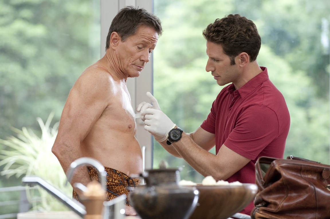 Royal Pains - Season 2 Episode 07: Comfort's Overrated