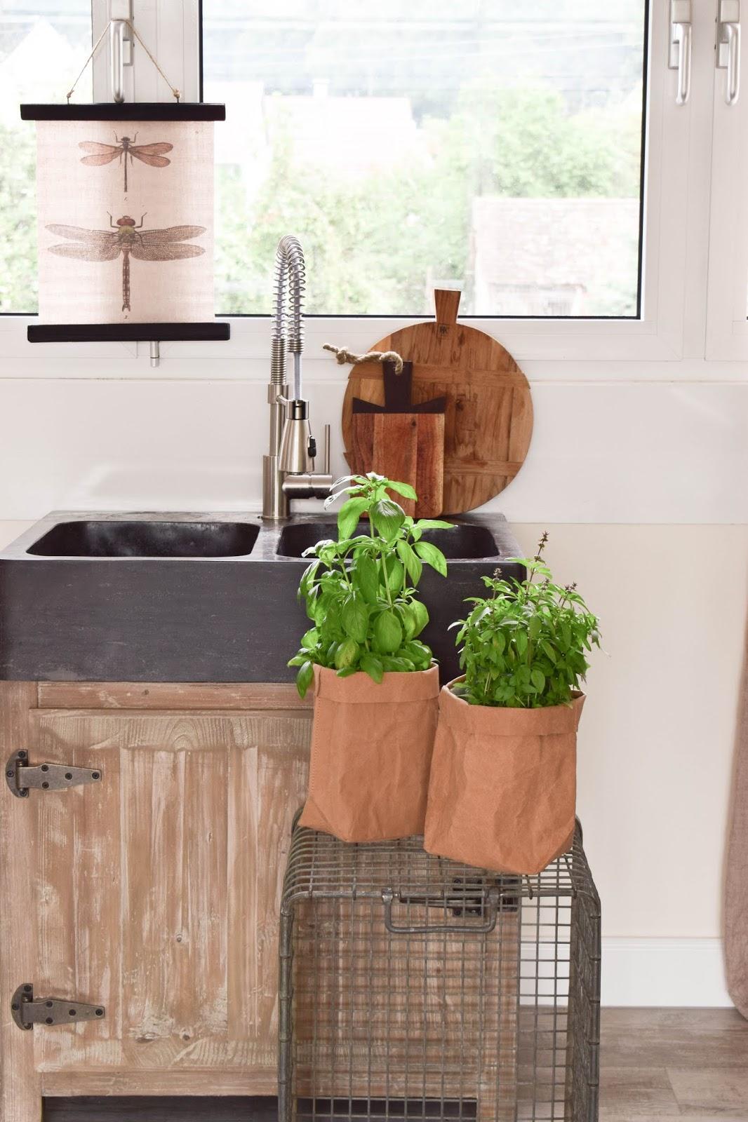 Die bessere Idee: Übertopf für eure frischen Küchenkräuter ...