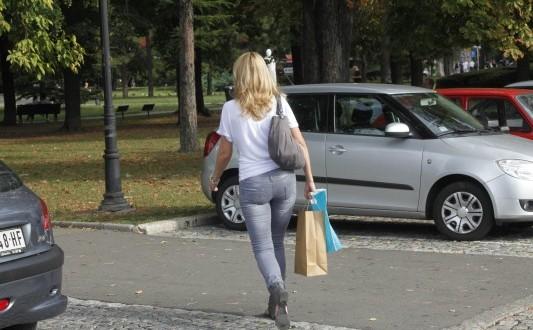 ΠΑΝΙΚΟΣ ΣΤΗΝ ΛΑΡΙΣΑ - Μεγαλη προσοχη στο δρομο γιατι κυκλοφορει αναμεσα μας
