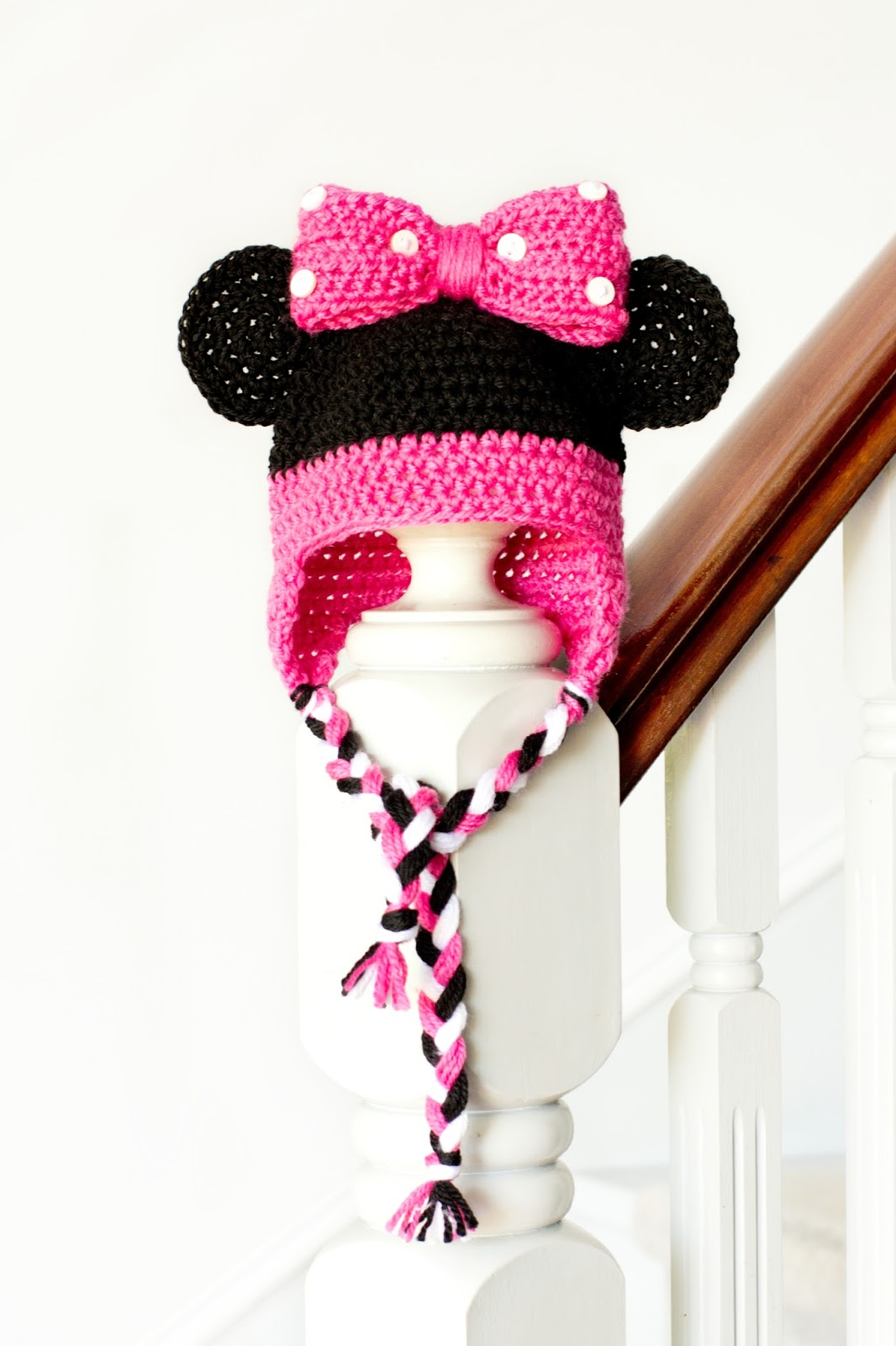 Knitted Minnie Mouse Hat Pattern : Hopeful Honey Craft, Crochet, Create: Mickey Mouse Inspired Baby Hat Croche...