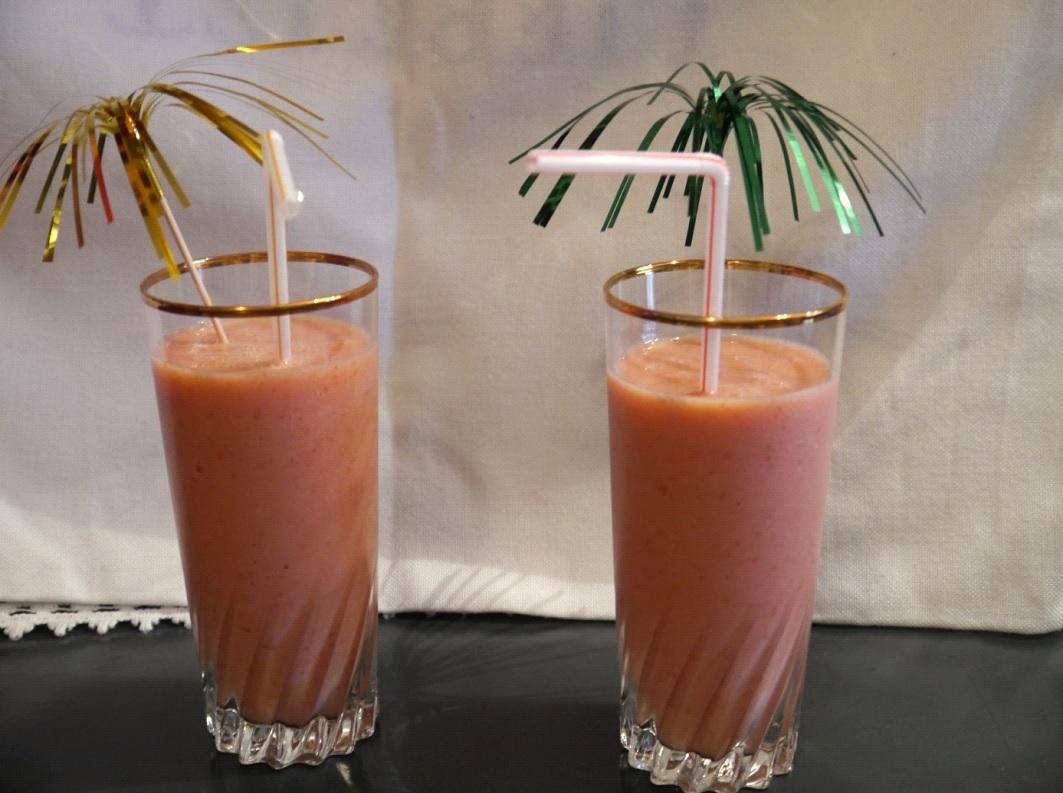 Erdbeer-Cantaloupemelonen-Shake