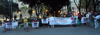 '¡Eurovegas no, ni en #BCN ni en ningún sitio!', cacerolada en plaza Catalunya