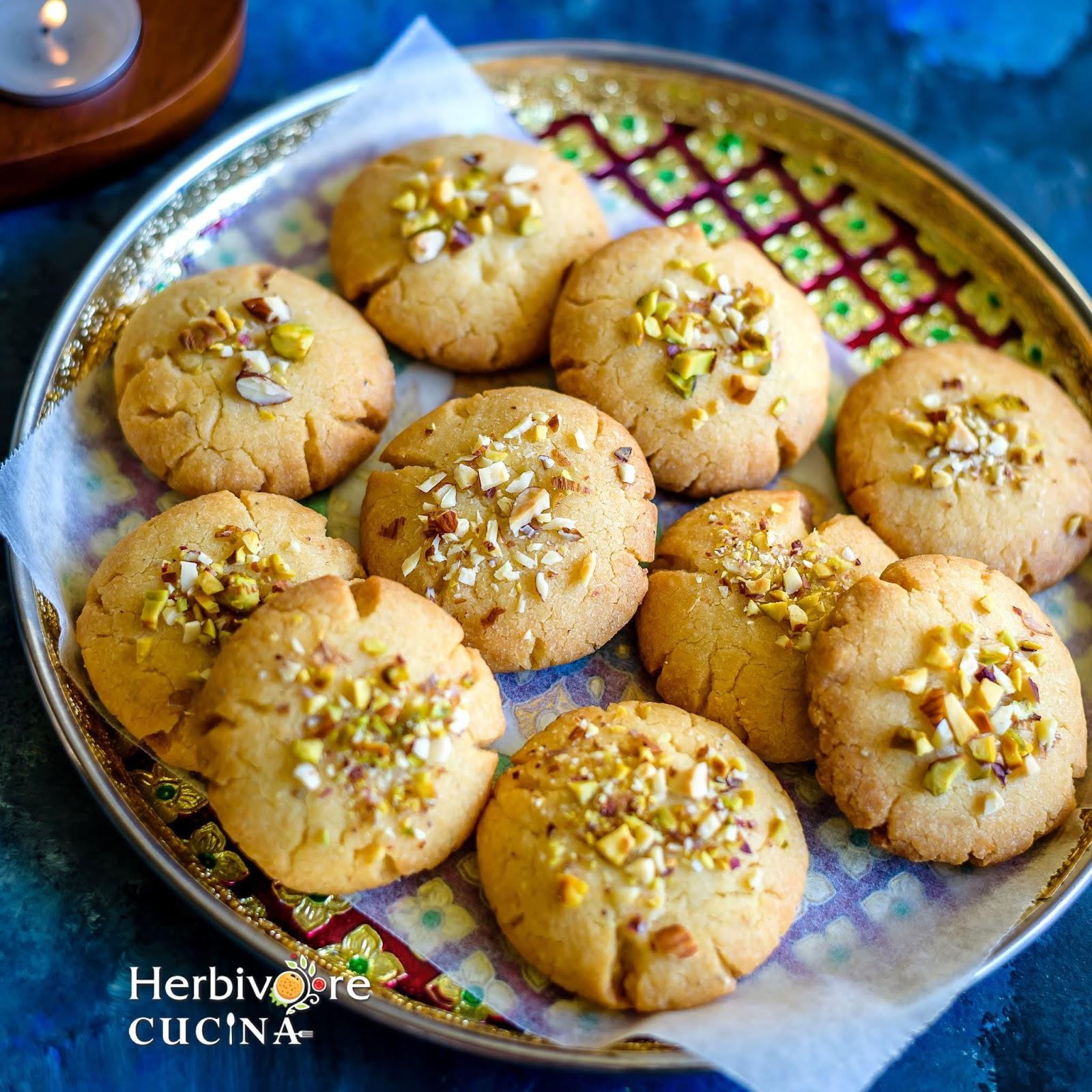 Herbivore Cucina: Nankhatai (Indian Shortbread Cookies)