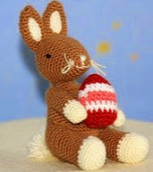 http://www.ravelry.com/patterns/library/osterhase