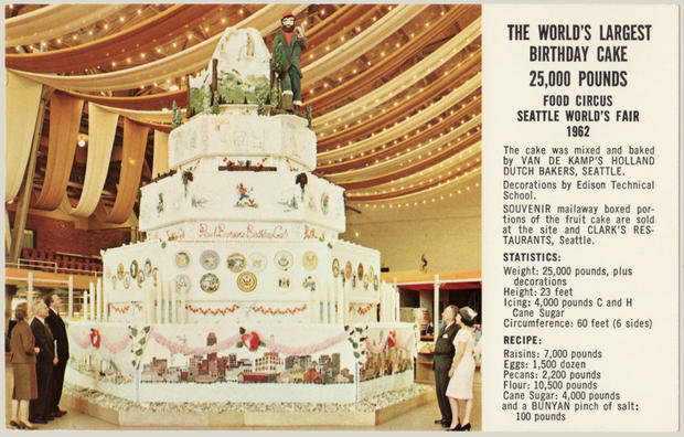worlds largest wedding cake largest cake in the world all strangest things 27634