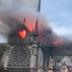Grande incêndio na Catedral de Notre Dame em Paris