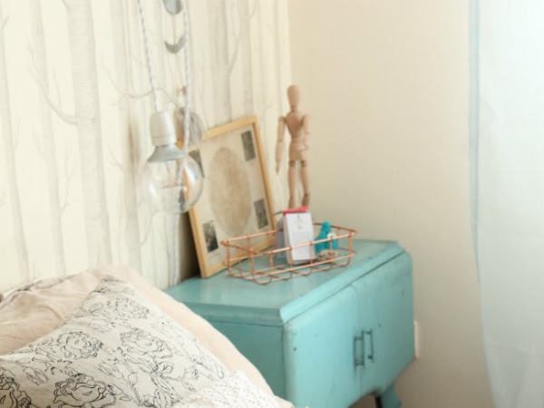 Restyle Bedroom: A Touch Of Pastels