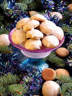 miekkie pierniczki, pierniki, ciasteczka, korzenne, swieta, boze narodzenie