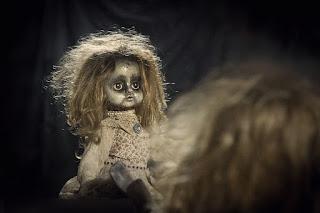 صور خلفيات رعب للفيس بوك 2019 غلاف وبوستات رعب doll-1640841_960_720