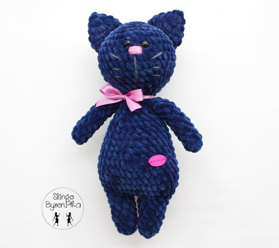 Amazon.com: Pink Ribbon Amigurumi Stuffed Crochet Cat: Handmade | 853x960