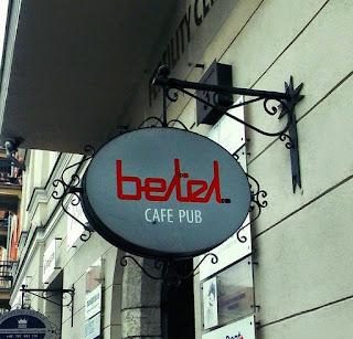 Szyld Cafe Pub Betel