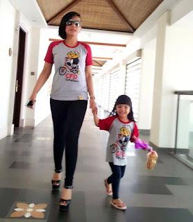 Kaos kembaran mama dan anak