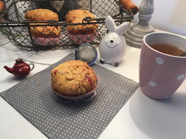 http://www.danslacuisinedecharlottine.com/2018/10/muffin-la-gelee-de-fraises-et-son.html