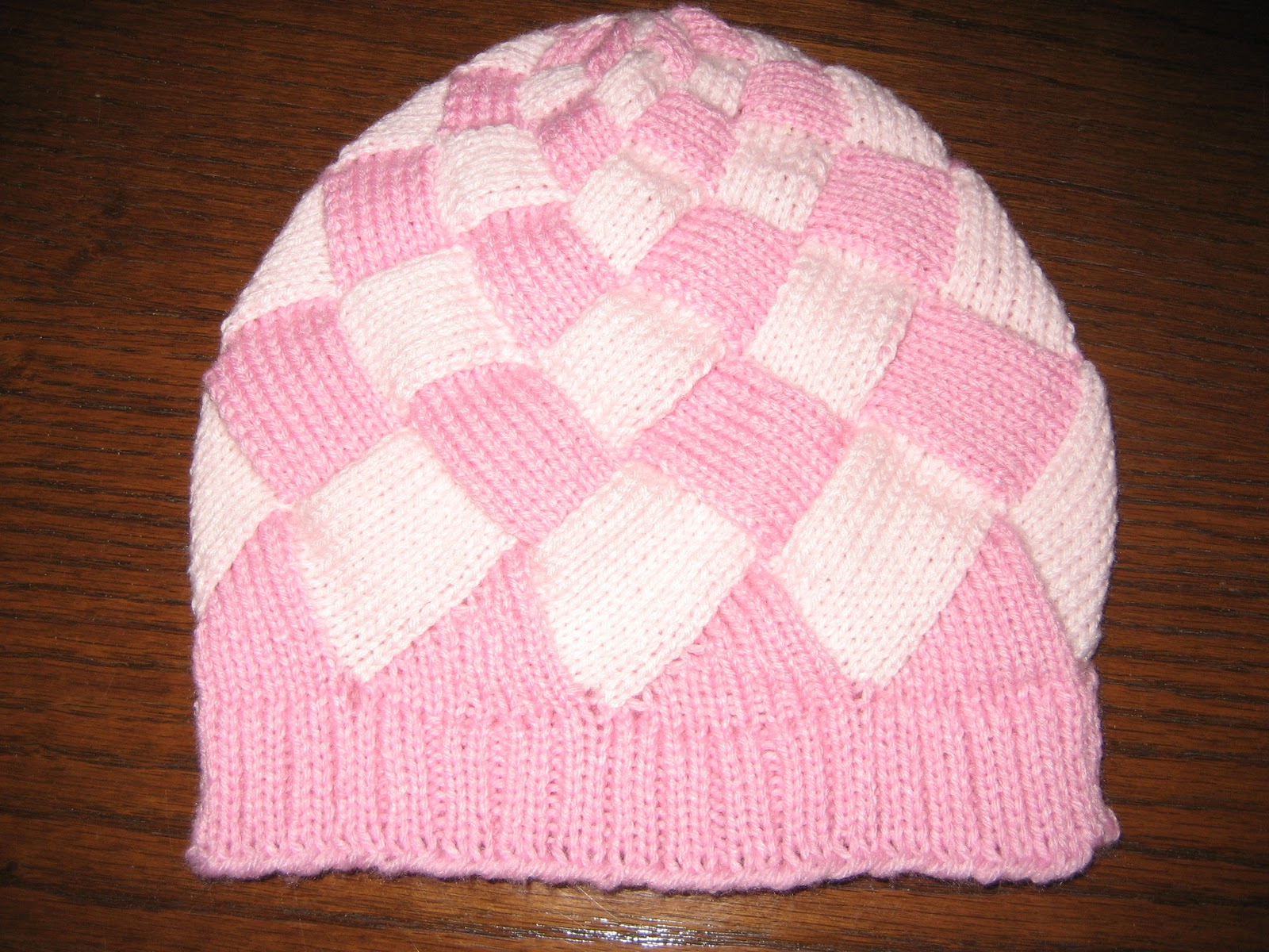 Diana natters on... about machine knitting  Sunday - Shaped Entrelac Hat 3f51807ae9f