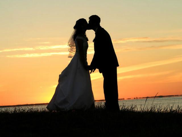 Goias, cidade de goias, Padre Bernardo, dia do beijo, como surgiu o dia do beijo, 13 de setembro, moda, noticias, culinaria, site goiano