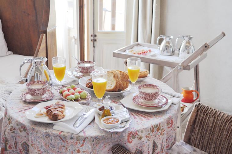 Decordemon charming casa alodia - Desayunos en casa ...