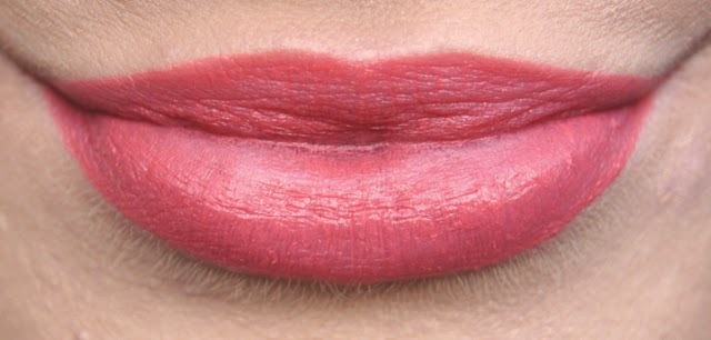 collection cream puff velvet kiss moisturising lip cream fairy cake swatch