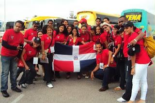 Resultado de imagen para fotos de jovenes dominicanos