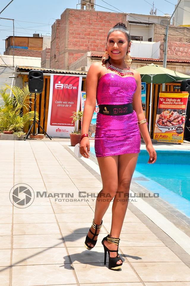 T21 noticias presentan a trece guapas candidatas a reina for Piscina y candidiasis