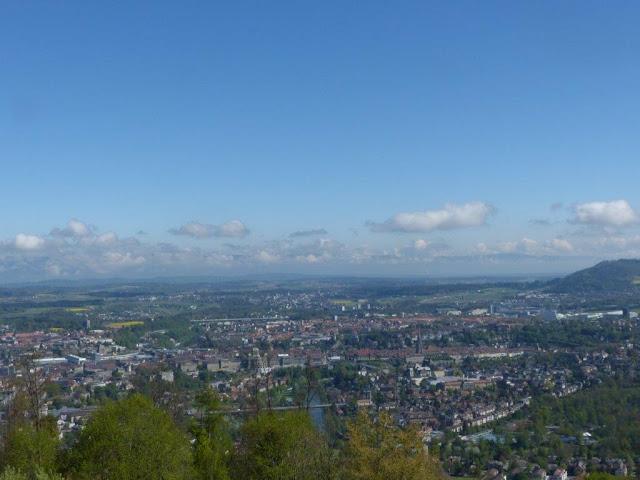 Schweiz Bern Urlaub mit Hund Gurten Aussicht Fernblick