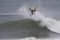 4 John John Florence rip curl pro portugal foto WSL Damien Poullenot