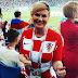 Focimezben tapsolva szurkol a horvát államfő asszony a vb-döntőt játszó válogatottnak