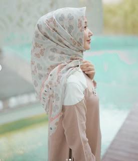 Fashion Dan Hijab Ala Dian Pelangi