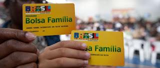 Homens armados roubam beneficiários na fila do Bolsa Família