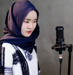 Download Kumpulan Lagu Fitriana Kamila Mp3 Single Religi 2018