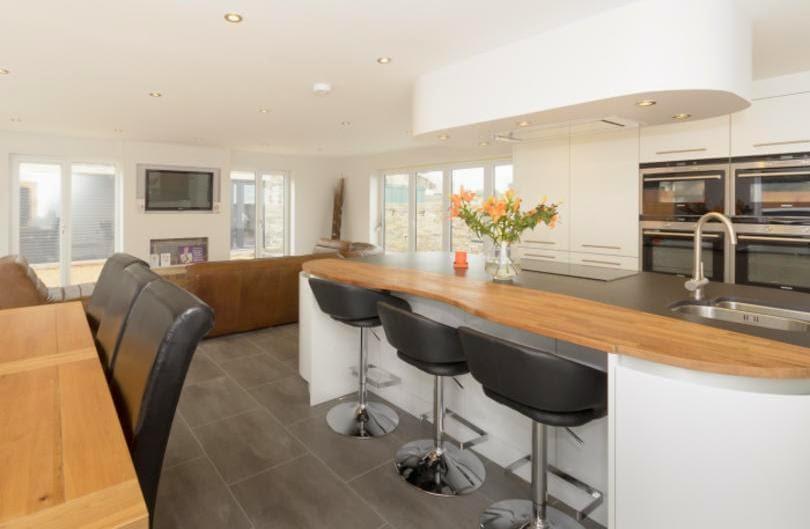 30 modelos de mesas y barras para cocinas de todos los estilos cocinas con estilo - Mesas de cocina pequenas baratas ...