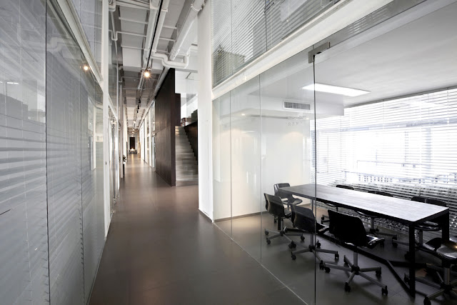 Tips to Choose the Right Commercial Doors for Your Office