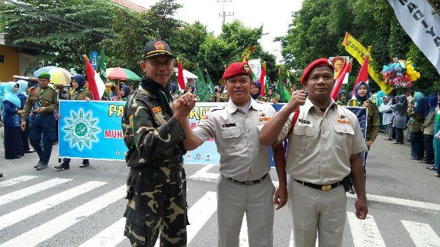 Banser Bantu Pengamanan Karnaval Muhammadiyah