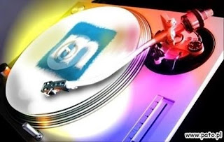 giradischi technics 1200 con puntina che suona logo musicland