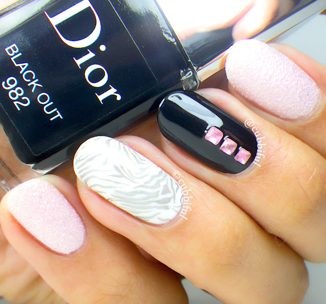 Dior Black Out