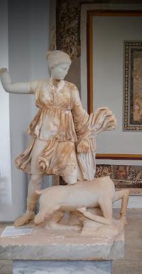 Posąg Artemis Muzemu Delos Cyklady Grecja