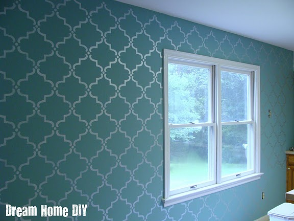 daly designs: Stenciled Wall = A Great Statement
