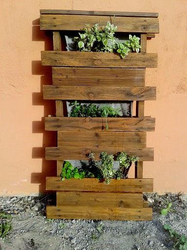Diseño y Venta de Huertos, Jardines Verticales en España por Sastrería Vegetal