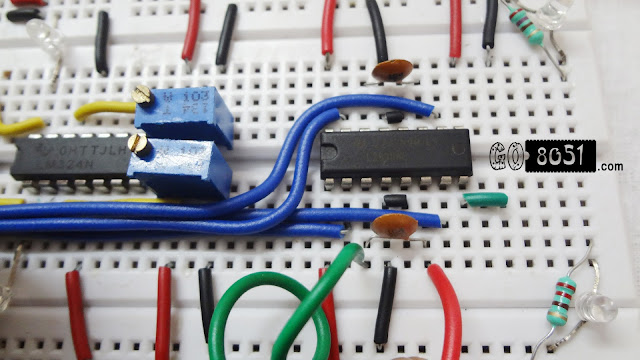Interfacing L293d Motor Driver with 8051 Microcontroller on Bread Board