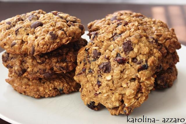 XL Cookies s ovesnými vločkami čokoládou a brusnicami