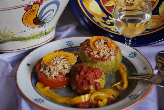 Zucchine e pomodori ripieni