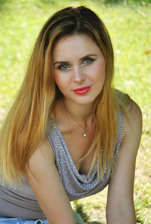 Frauen aus der Ukraine treffen: Olesya 32 jährige Frau