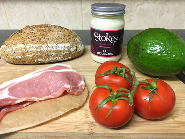 ingredients for bacon and tomato sandwich