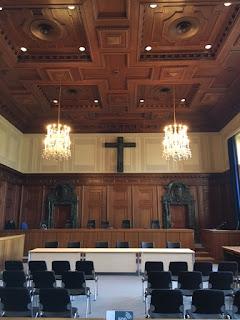Parte interior da Sala 600 do Tribunal de Nuremberg