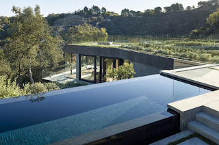 infinity pool house design