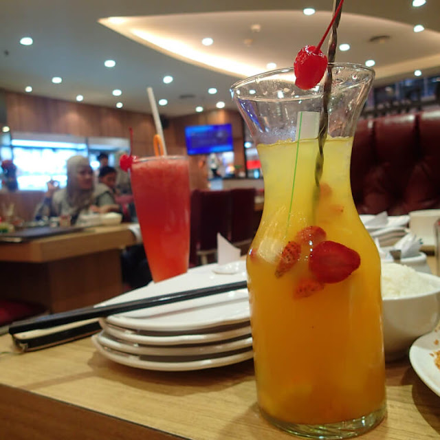 fruity passion, jus strawberry, red suki