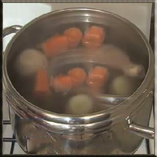 Hindi  tarifi Hindi  nasıl pişirilir Hindi haşlaması Hindi kızartma nasıl yapılır